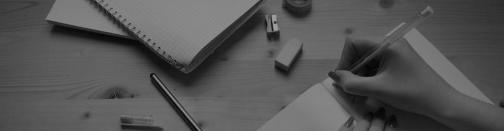 Kuva, joka sisältää kohteen pöytä, sisä, henkilö, kirjoituspöytä  Kuvaus luotu automaattisesti